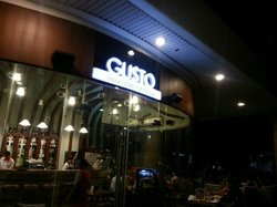 Gusto Urban Cafe & Wine Bar Cebu