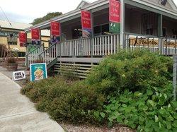 Pemberton Discovery Center open 7 days