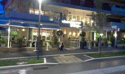 Beluga Cafe Bar Restaurant