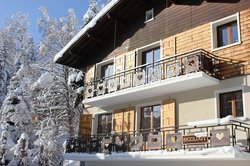 Chalet Deux Freres - By Skiology