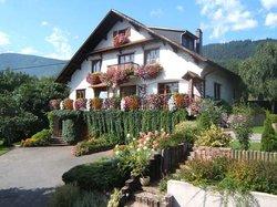 La Maison Fleurie