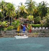 Isla Fuerte Ecolodge & Diving center