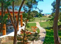 Eden Village Colostrai