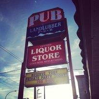 Landlubber Pub