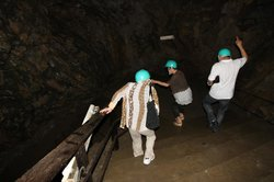 Akka Cave