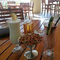 Mangroves Bar