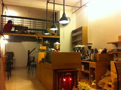Ben Coffe House - Saigon