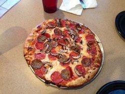 Roni's Pizza
