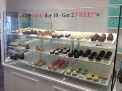 House of Cupcakes - Bay Plaza Shopping Center