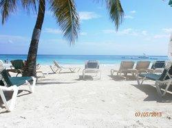 lovely white sandy beaches!!