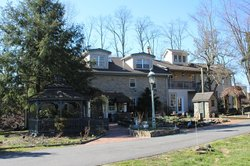 Salem Creekside Inn
