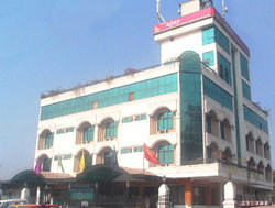 Hotel Ajay International and OYO Rooms