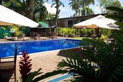 Melanesian Hotel and Apartments