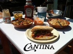 Cantina Mamitas