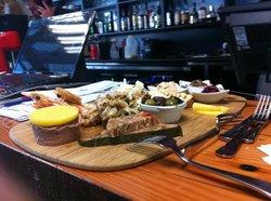 Pier01 Restaurant & Cafe