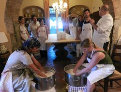 ‪Cooking Class Under the tuscan sun‬