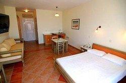 Panselinos Hotel Apartments