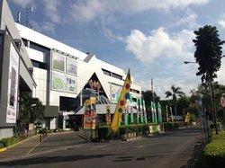 WTC Surabaya HANDPHONE CENTER