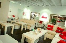 Garibaldi Bar Lounge