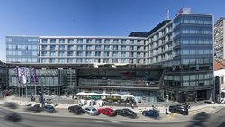 Zira Hotel