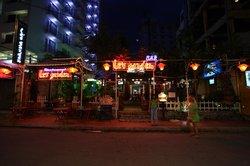 Le's Garden Bar