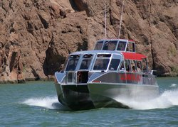 London Bridge Jet Boat Tours