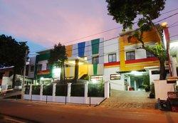 Sabda Guest House & Zen Rooms