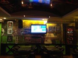Hiball Sports Pub