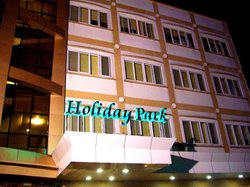 Holiday Park Hotel