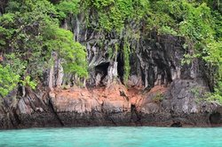Остров Пхи Пхи Лей