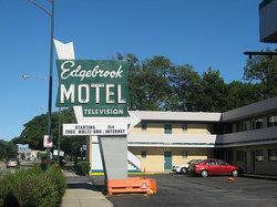 Edgebrook Motel