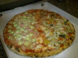 Pizzeria E' L'ora