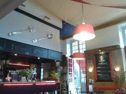 Le Boujaron Restaurant Rotisserie BAr