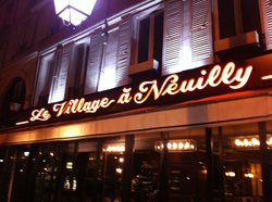 Le Village a Neuilly