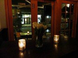 Aroma Kitchen & Winebar