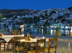 Aris Taverna