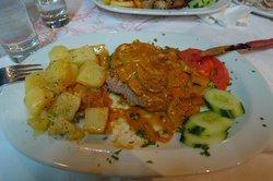 Thomas Taverna Restaurant