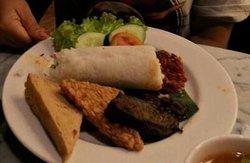 Kafe Betawi Sutos