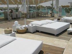 Club88 Pool & Beach - Restaurant