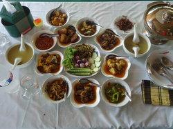 Mar Lar Theingi Buffet Restaurant