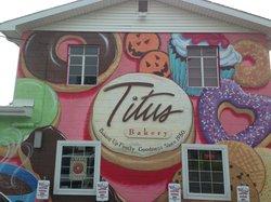 Titus Pastry Shoppe (Titus Bakery & Deli)