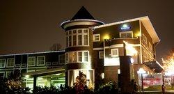 薩里戴斯酒店