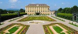Schonbrunn Palace (68230532)