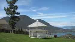 Riviera Hills Restaurant & Lounge