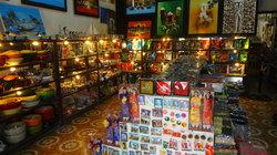 Phuoc Thinh Souvenir Shop