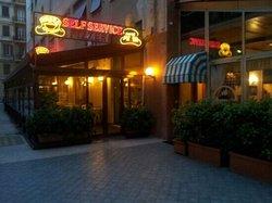 Genova Brera Restaurant