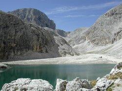 Antermoia Lake