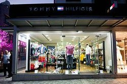 ‪Tommy Hilfiger Boutique‬