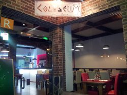 COLISEUM MMXIII Restaurante