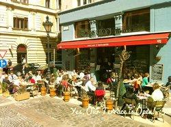 Cafe Vian Bisztro